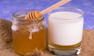 รักษาเบาหวานพร้อมชะลอความแก่ด้วย 5 คุณประโยชน์จากนมผึ้ง